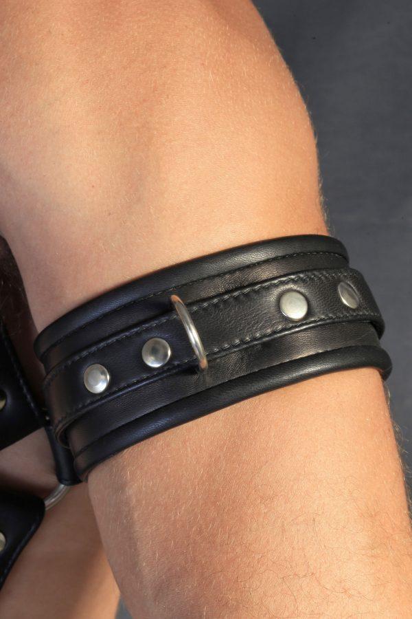 KB Black Armband